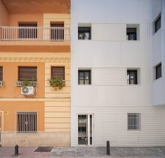 Energy Rehabilitation Existing Building / arias recalde taller de arquitectura