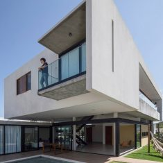 IF Residence / Martins Lucena Architects