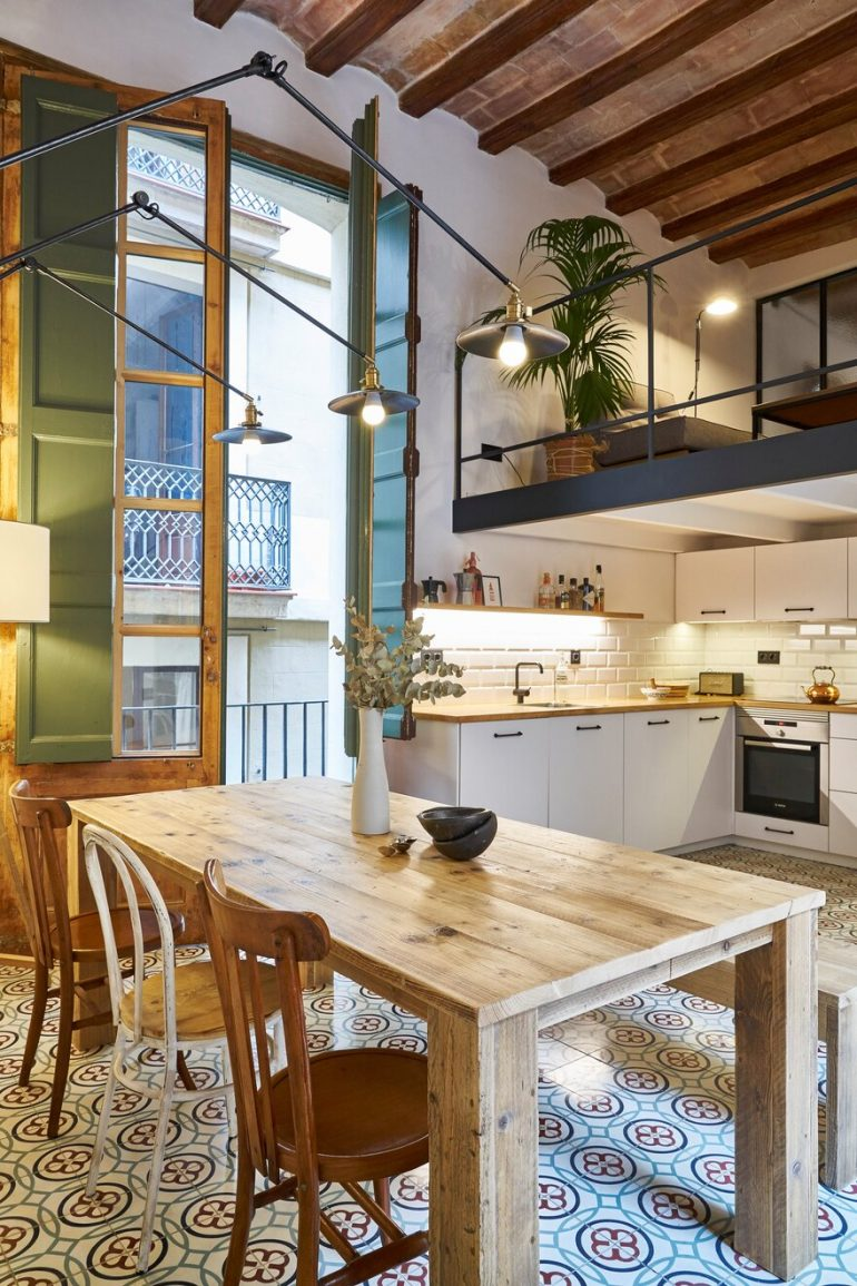 Rosic Apartment in Born District, Barcelona / Bloomint Design
