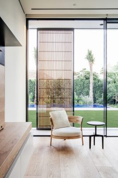 The Burj Residence in Dubai / VSHD Design