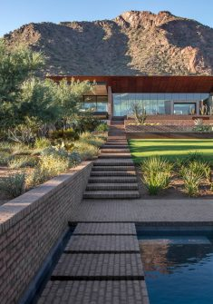 Ghost Wash House in Arizona / Architecture Infrastructure Research