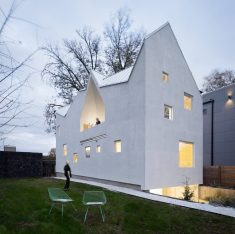Haus Gables: Single-Family Residence Made of Cross-Laminated Timber