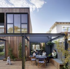 Peekaboo Residence in Melbourne / Native Design Workshop
