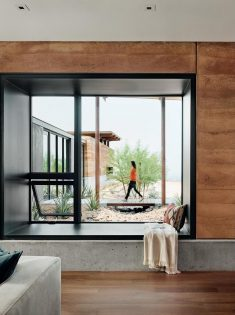 Horizon Residence Overlooking the Las Vegas Valley and the Surrounding Mojave Desert
