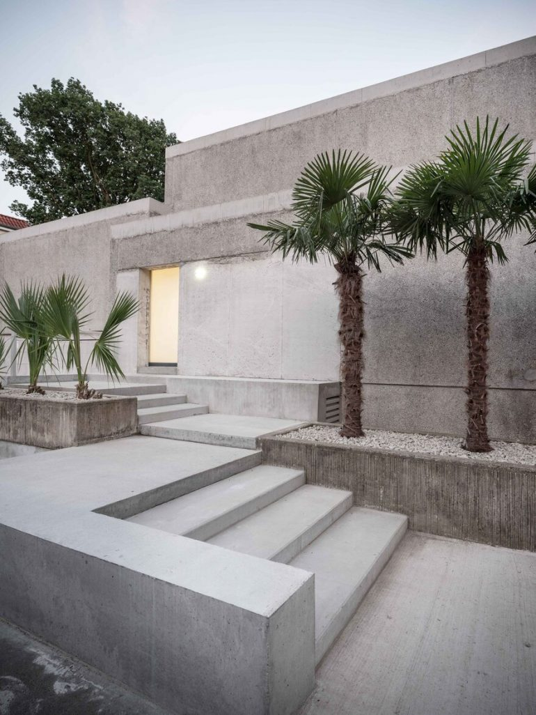Morgana House in Germany Featuring an Archaic and Brutalist Aesthetic