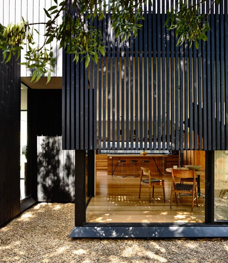 OLA architecture studio extends garth house for family of five in melbourne