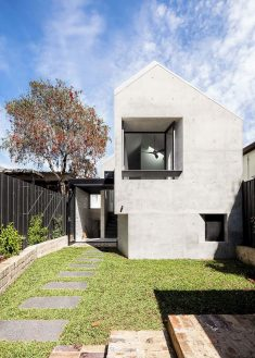 Balmain Rock House in Sydney / Benn & Penna Architects