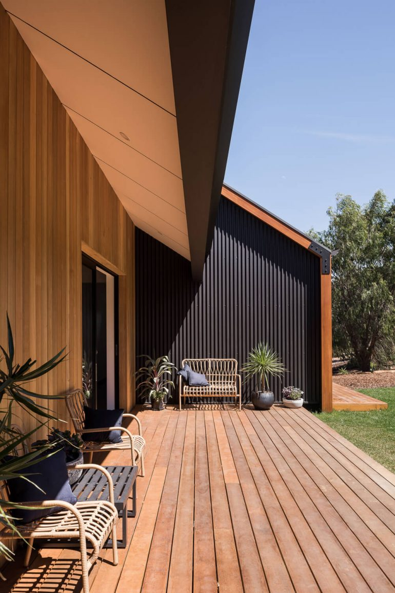 Stealth Farmhouse – Lurie Concepts – Bespoke & Sustainable Building Designs