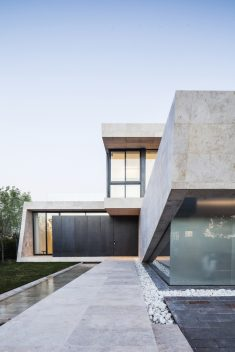 Marble House / OON Architecture