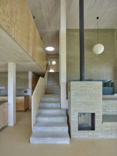Two Houses on the Mont Vully / jomini & zimmermann architects