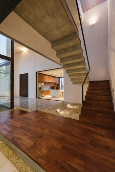 Suncho House / EURK Buildesign