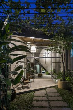 The HUT / 23o5 studio
