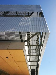 Sanwell Office Building / Braham Architects