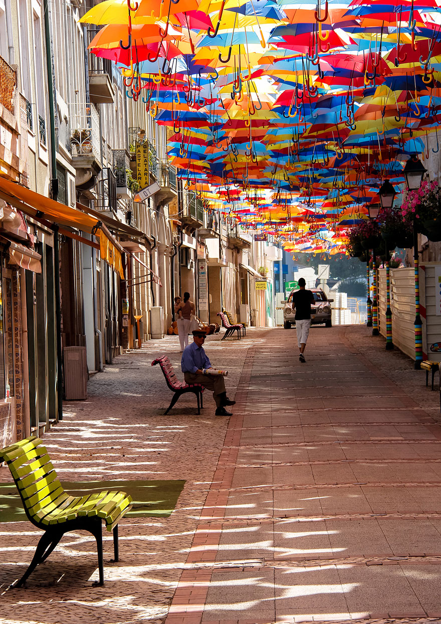Hundreds of Floating Umbrellas Once Again Cover The Streets in Portugal