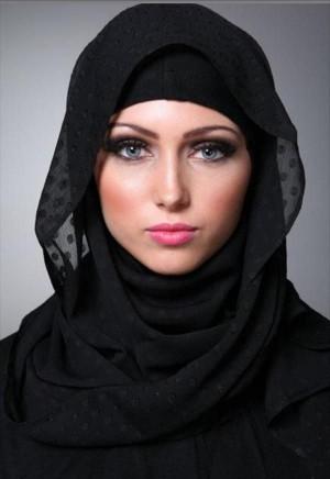 Love the way she wears it..