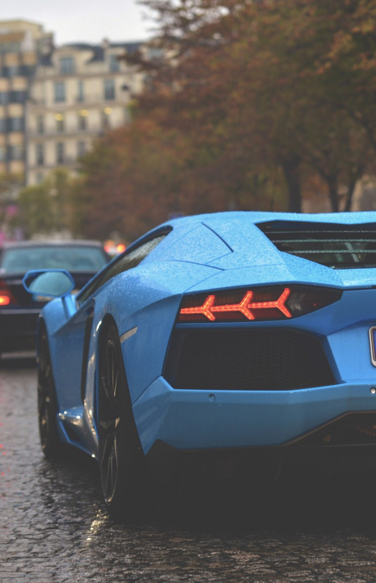Celeste Phoebe Lamborghini Aventador