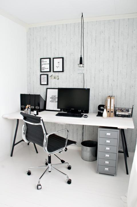 My fiancè´s home office, with a few new details…