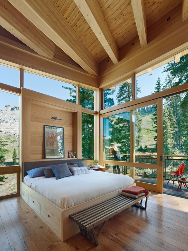 Crow's Nest Residence | Open View Bedroom