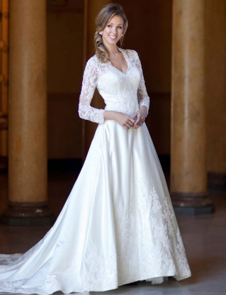 Fashionable v-neck natural waist lace wedding dress style 0bg00111 | wedding-dress-bee.net