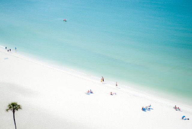 Lido Beach by Juliette Charvet | Fine Art Photography
