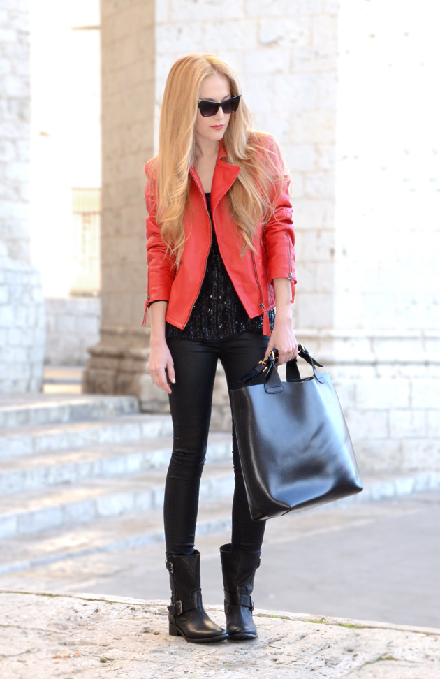 Black & Red!!