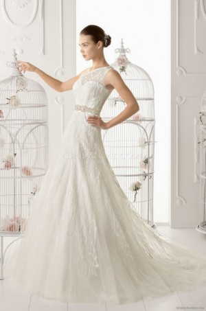 style 351.00 – Aire Barcelona 129 Olaya Wedding Gown,The ball gown skirt is created with s ...