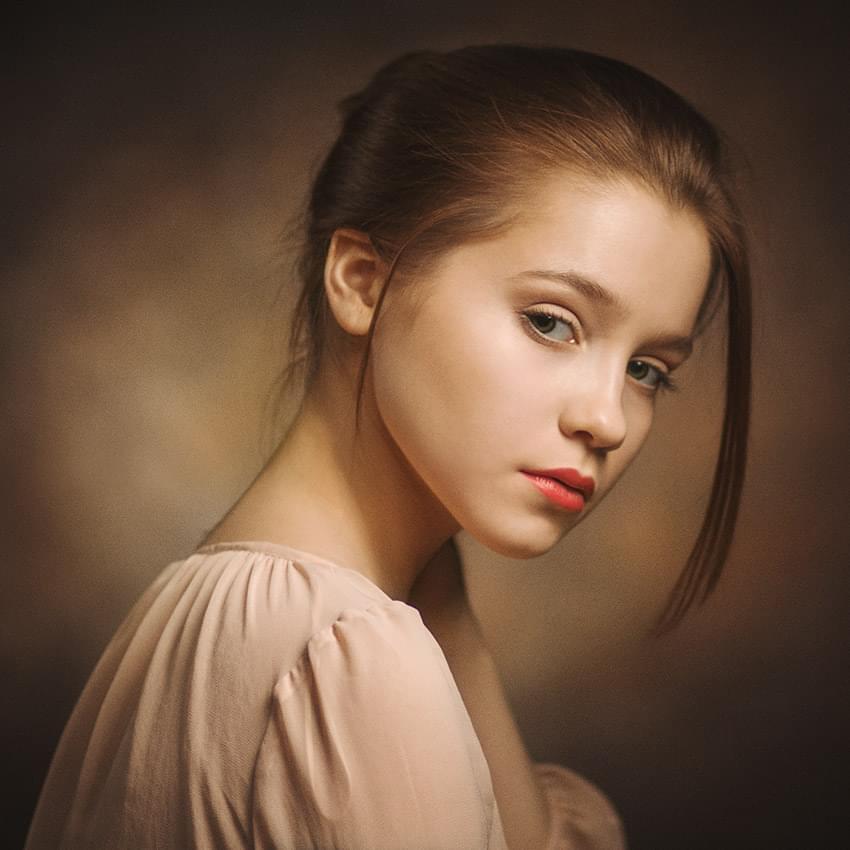 Portrait - 850×850