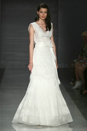 Only  – style 341.00 Cymbeline Hanako Les Vintages wedding dresses,The match and flare ski ...