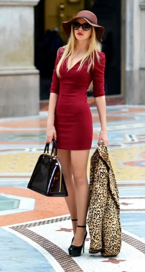 Glamorous red dress with leopard blazer | Vialikes