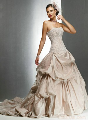 wedding Photo – style 322.00 bridal gown – Style Maggie Sottero Victoriana chapel tr ...