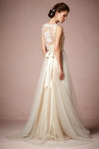 Onyx Gown | Hukkster