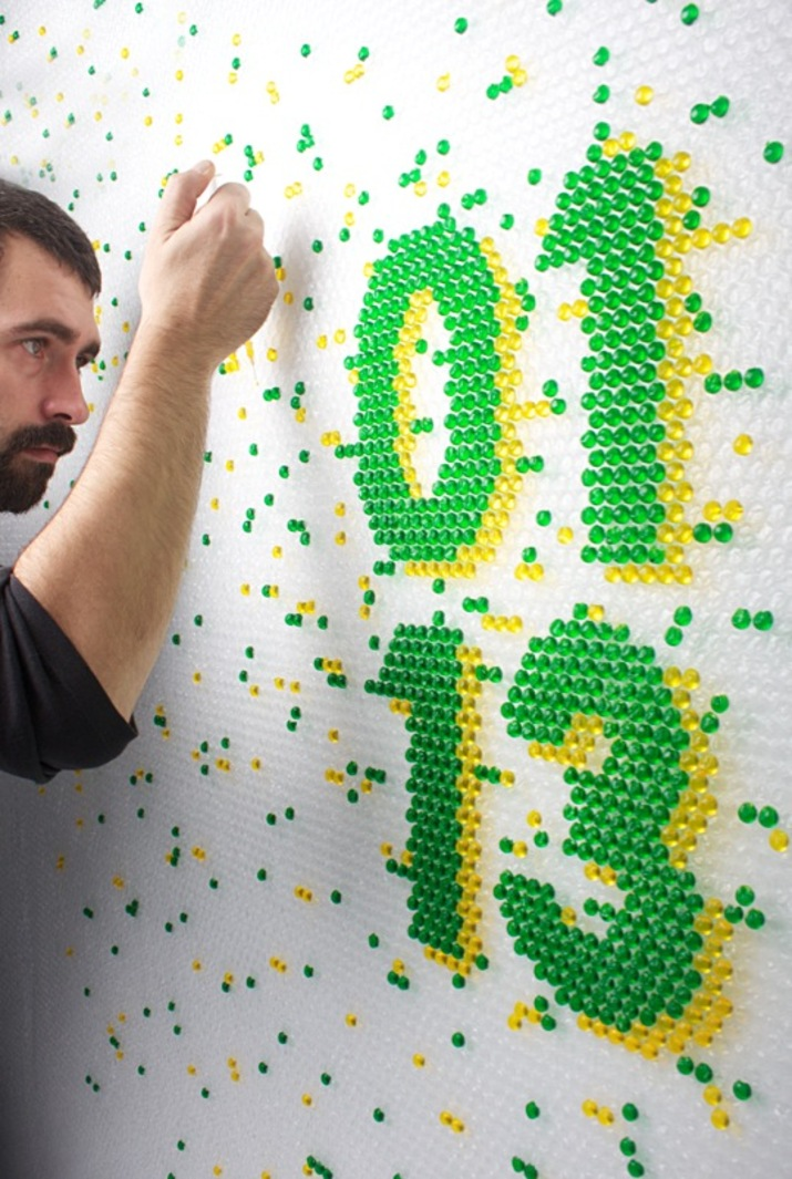 Ink-filled bubble wrap – Wired Magazine Lettering (Lettering) by Lo Siento Studio, Barcelona