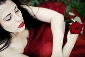 Beauty in Red | Beautiful Portrait