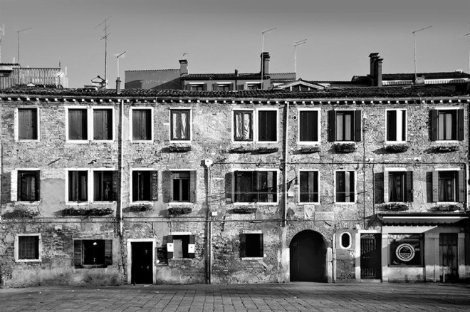 Black and White Architecture Photography by Luca Orsi