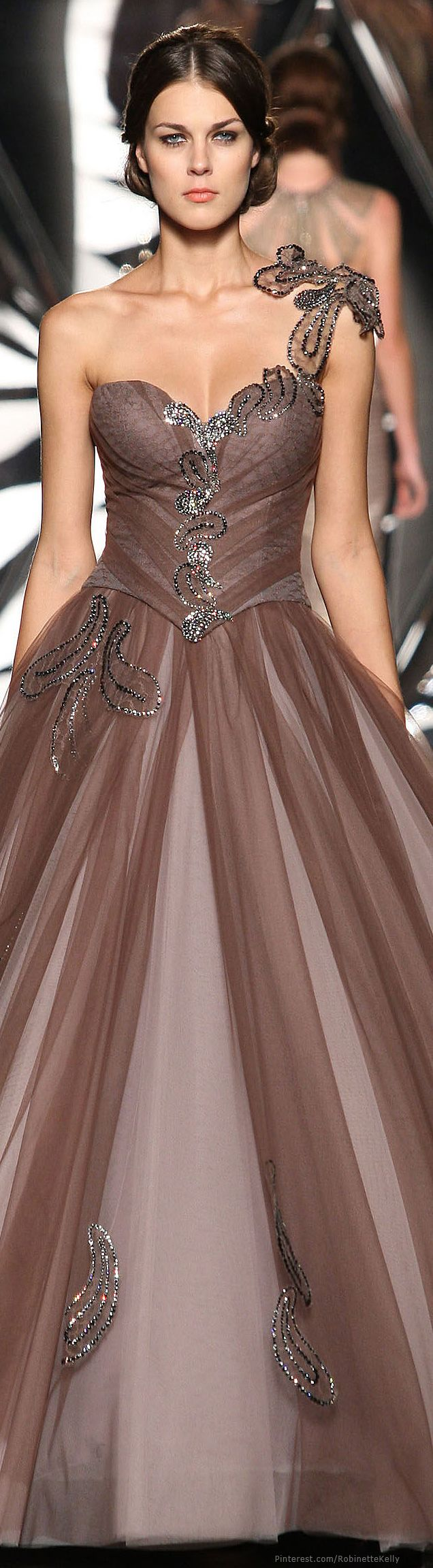 Mireille Dagher | Couture, F/W 2013-14 | Fashionista | Pinterest