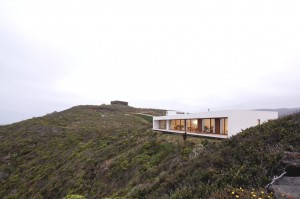 Tunquen House in Chile designed with ocean views in mind