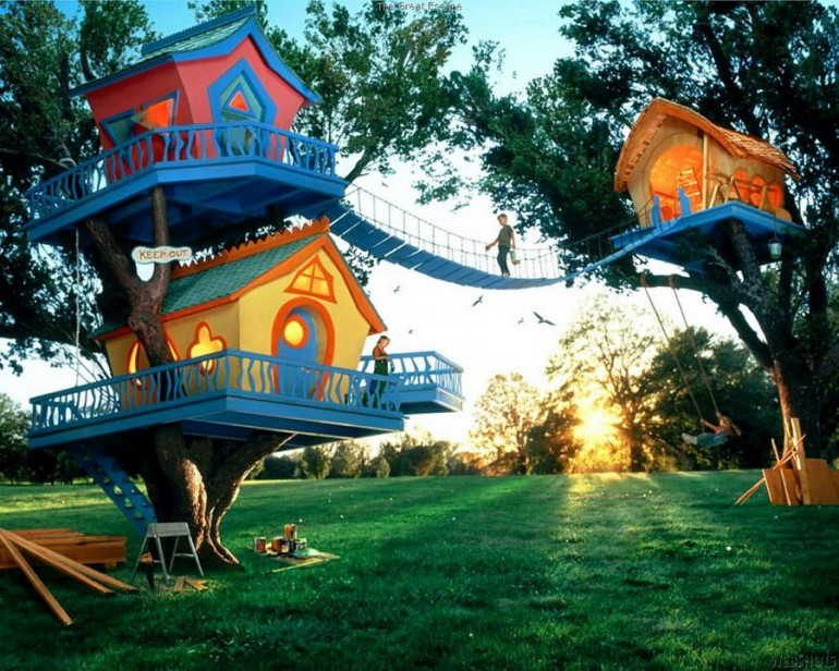 Tree House To The max