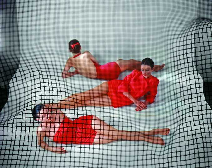 Classic Fashion Photography by Erwin Blumenfeld
