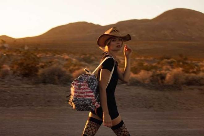 Fashion Photography by Sebastian Cviq