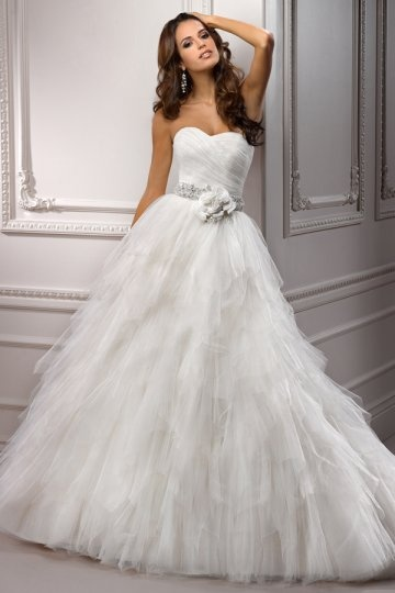Flower Beading Sweetheart Tulle Ball Gown Wedding Dress Sale Online – DRESSESMALL