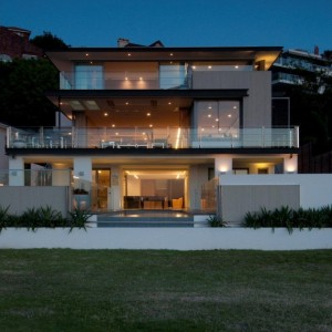 A Vaucluse Renovation by Bruce Stafford Architects