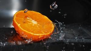 Lemon Water Drops – Photography Wallpapers