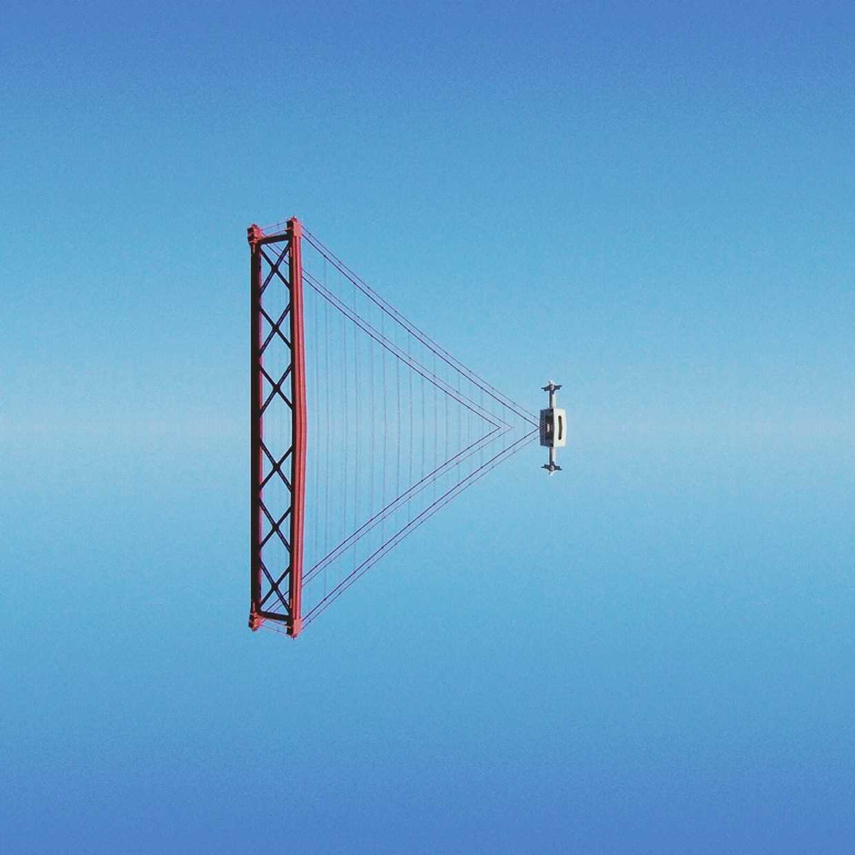 Symmetric Lisbon by Hugo Suíssas