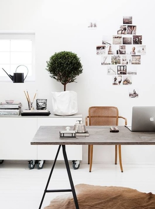 Home office via The Classy Issue.