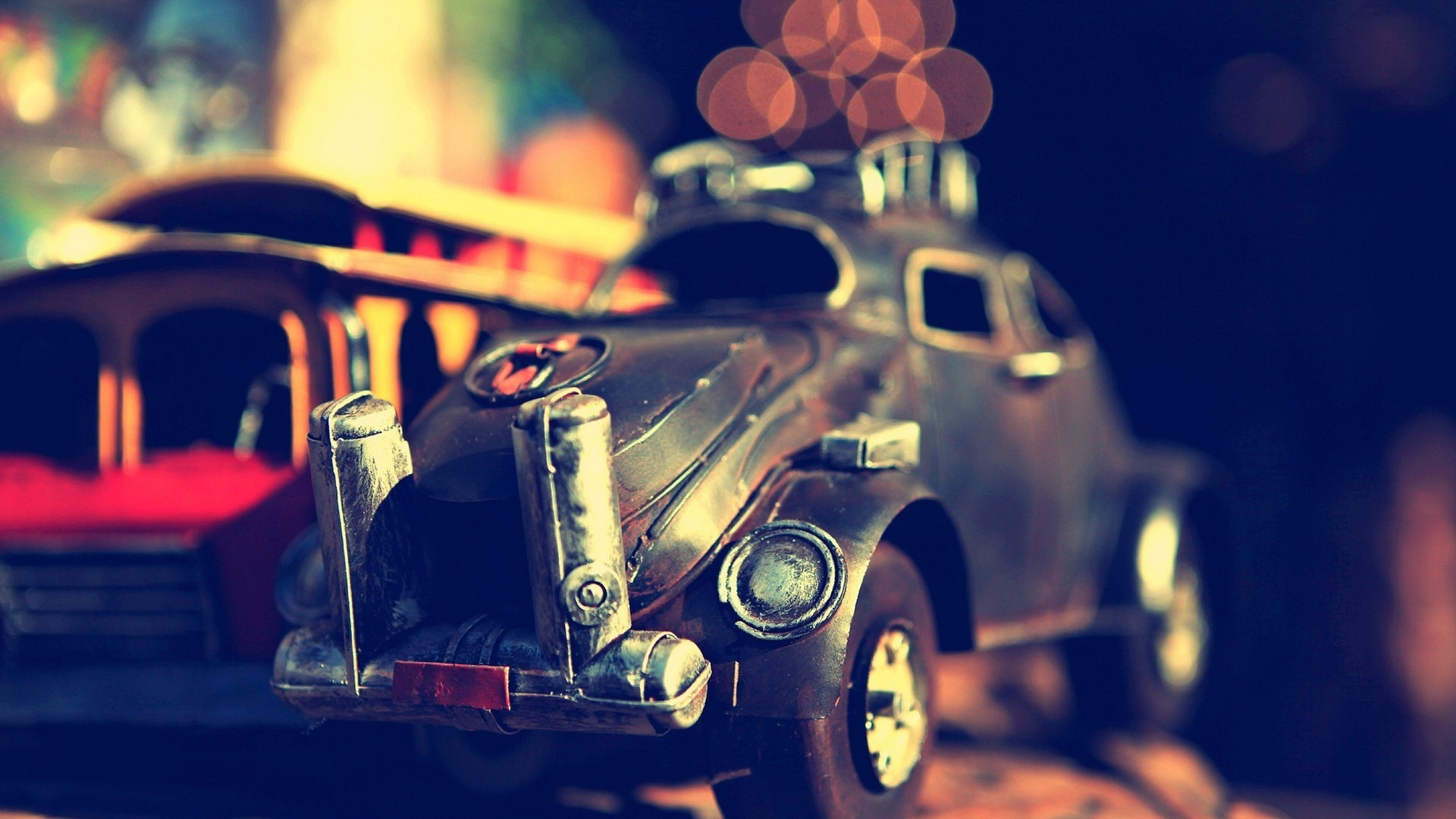 Vintage Toy Car – Photography Wallpapers
