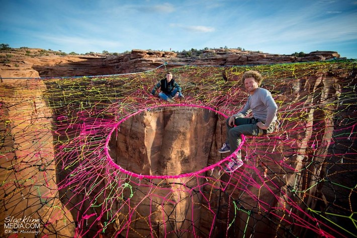 Moab Monkeys put a Pentagon Space Net over 400 Ft up