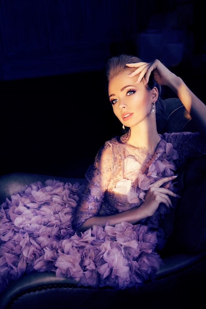 Stunning Fashion Photography of Daria Zaytseva | Downgraf