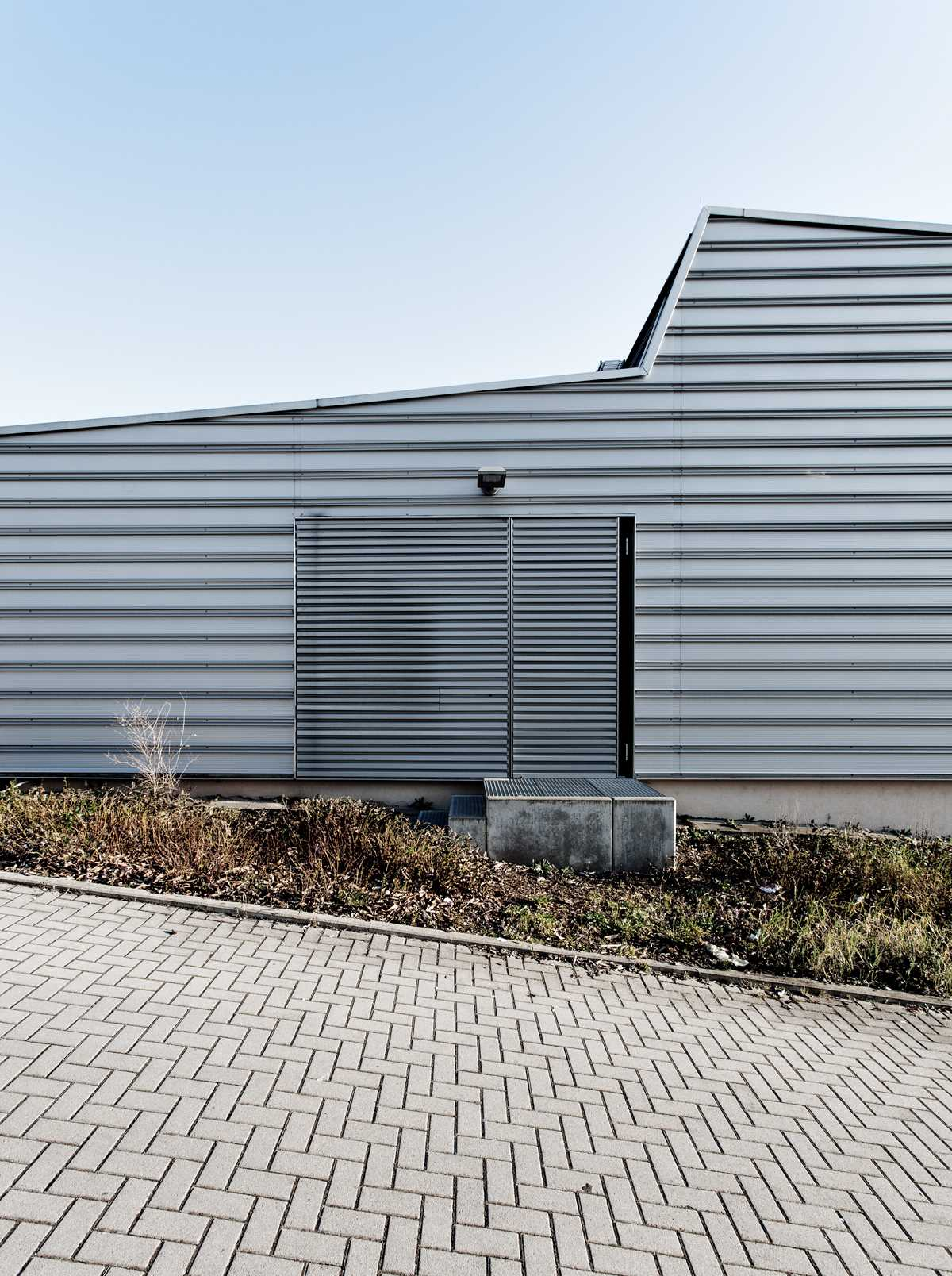 Suburban Minimalism by Malte Grüner
