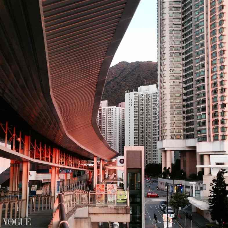 Streets of Hong Kong by Ekaterina Busygina