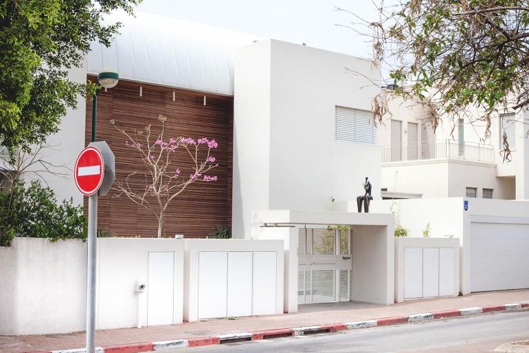 White house, Kfar Shmaryahu